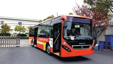 为配合上海迪士尼乐园内测 接驳巴士1路开通