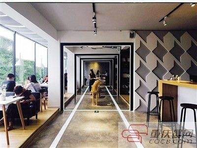 图说:南之山书店.重庆晨报图-小清新书店被挤爆需预约 店主 很多人