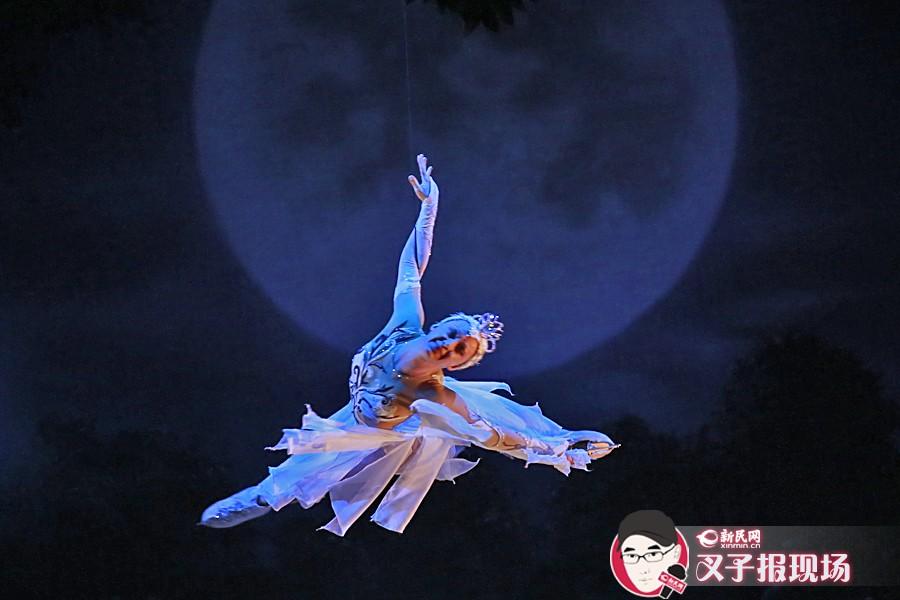 消暑良方!冰上芭蕾《天鹅湖》再次舞进上海