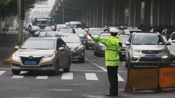 """上海交通大整治三个月来症结犹在 如何再啃管理""""硬骨头""""?"""