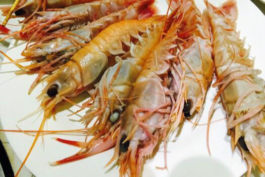 多人疑似食物中毒!上海五月罗马海鲜自助出事了!