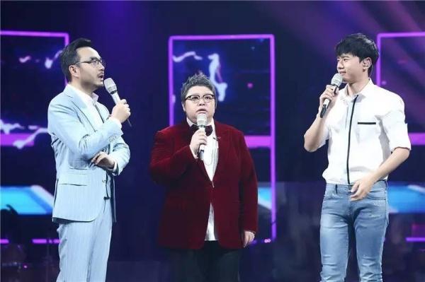 《我想和你唱》收视十连冠份额破9,韩红率鉴客团援甘情动亿人心图片