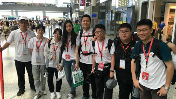 """沪青年寻访红色足迹 """"长征日记""""记录全程"""