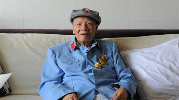 重走长征路︱专访:与毛主席警卫连连长追溯长征史
