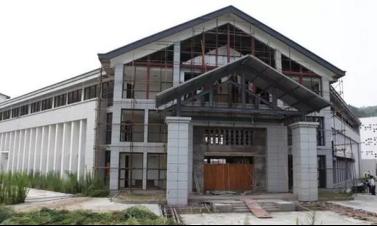 """武当·太极湖中心为""""新中式""""建筑,建筑语言丰富灵动,巧妙地将""""新"""