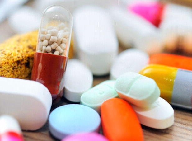 止泻药和钙剂、抗过敏药和晕车药 有些药是冤家