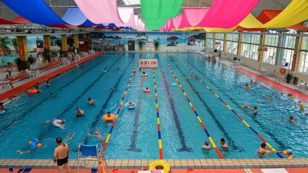哈尔滨200余孩子游泳后发病 部分确诊感染EB病毒