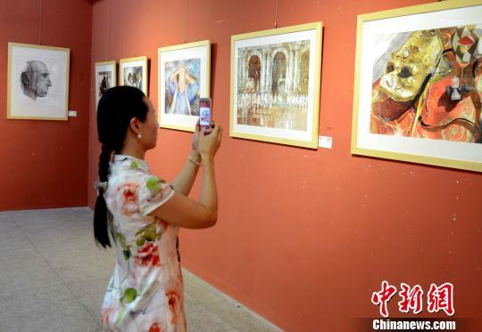 国际水彩画双年展优秀作品福州展出(组图)