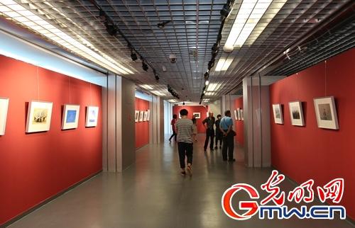 中国摄影展览馆迁址后首展