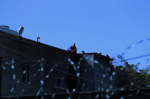 莫斯科一仓库大火导致16人死亡 4人受伤
