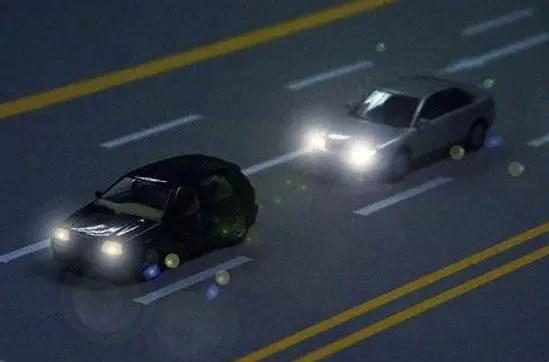 大灯闪3下会有意外? 这些灯语90%车友不懂