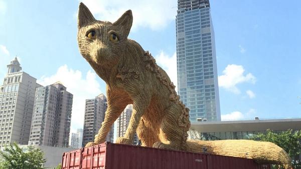 """上海静安国际雕塑展新版""""城市狐狸""""又来了"""