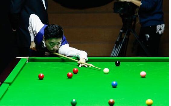上海赛决赛丁俊晖狂追5局 复仇战6-3领先塞尔比