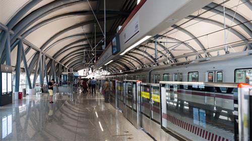 9月30日夜轨交一、二、八、九号线延长运营服务