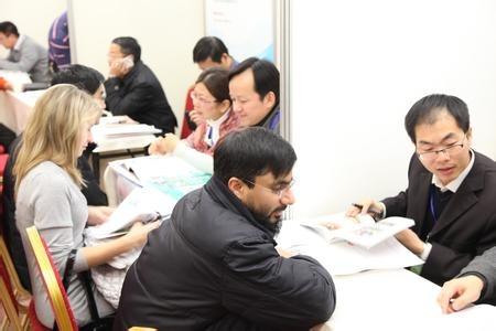 沪人才30条新配套政策出台 看海外人才居住证怎么办