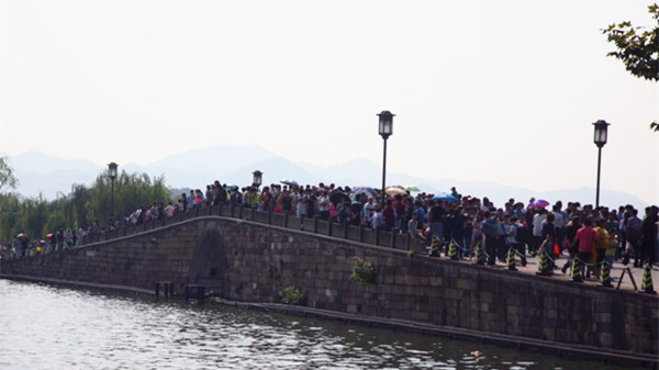 """""""十一""""出行预测报告:西湖将成国庆最热景区"""