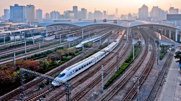 国庆铁路运输拉开序幕 将破纪录发送超两千万人