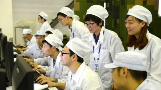 上海航天长征六号团队先进事迹报告会举行