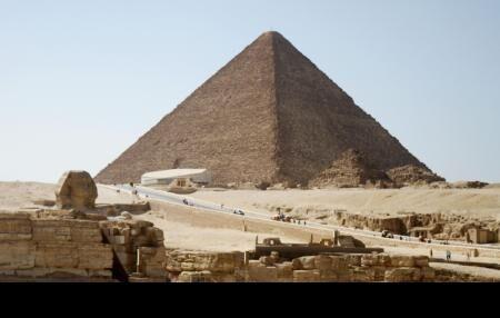 科研人员利用日本技术发现胡夫金字塔的隐蔽空间