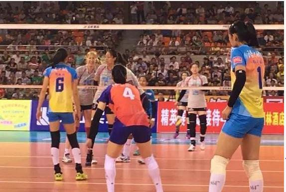 天津女排热赛1-3遭福建逆转