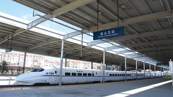 沪春申站今早设备故障 金山铁路全线晚点