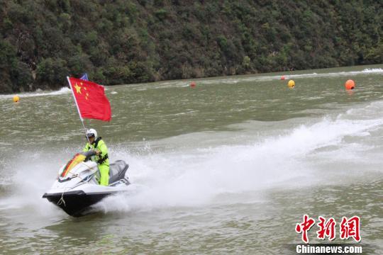 中国摩托艇联赛山阳站开赛 双赛模式成亮点