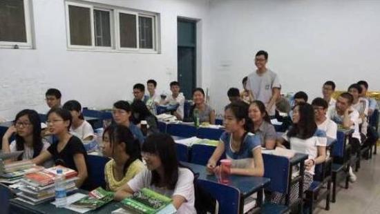 郑州大学一个班30人全部保研 学霸宝典在这里