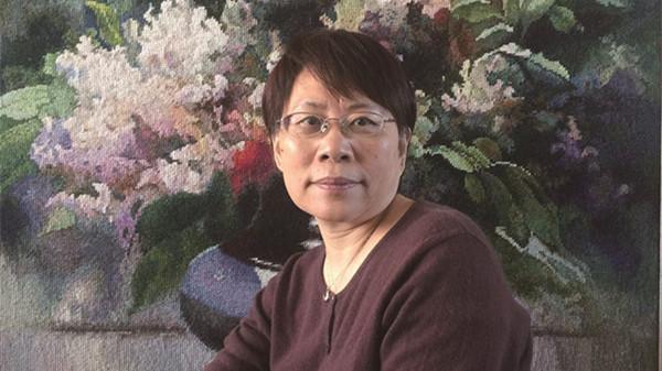 扎根绒绣40年 上海绒绣娘:生日要办独一无二个展