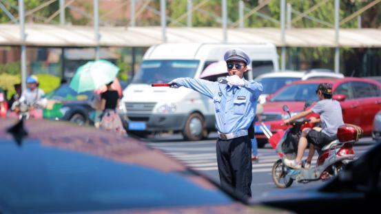 创新管理勤务机制 上海警方让交通大整治可持续