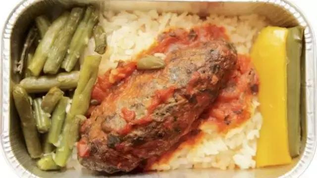 飞机餐为何难吃?