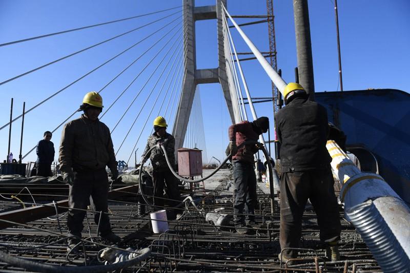 一桥连两地 京冀同发展