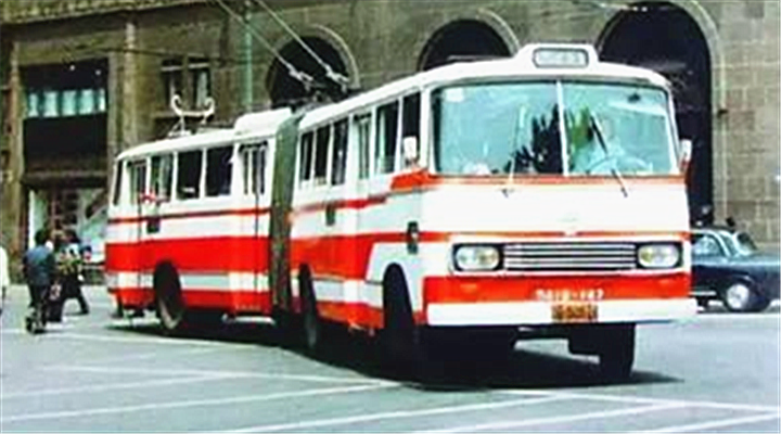 """""""18米长""""巨龙公交新车重回上海!满满的回忆啊!还记得香蕉位子伐?"""