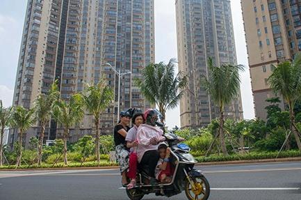 调控高压持续逾两月 中国多地楼市销售跌至18个月低点