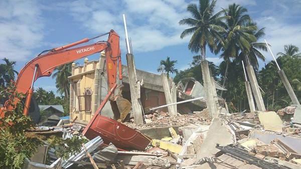 印尼亚齐地震致97人死613人伤 伤亡人数预计还会上升