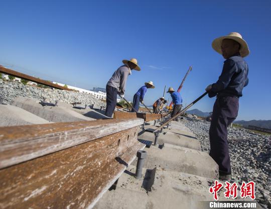 国土部:改进优化建设项目用地审查要避免一放就乱