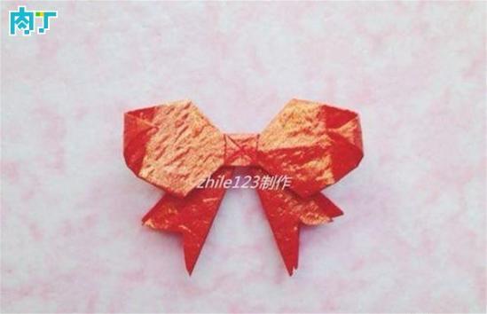 怎么折纸币蝴蝶,美元蝴蝶折纸步骤赏析答:夏天花丛间翩翩飞舞的蝴蝶让