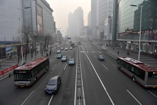 天津机场遭遇持续大面积延误 近八成航班被取消