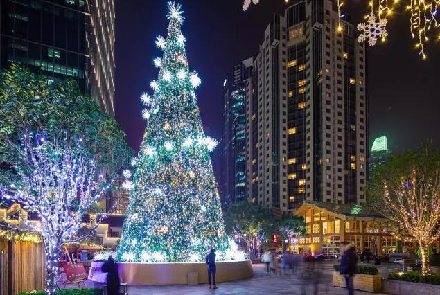 遇见魔都最美的圣诞树!浪漫星海、超萌tsumtsum…心都化了!