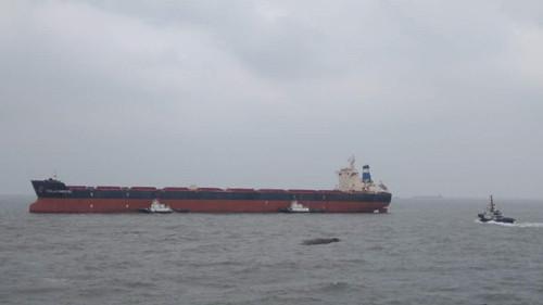 两货船今凌晨长江口碰撞海巡01等前往施救