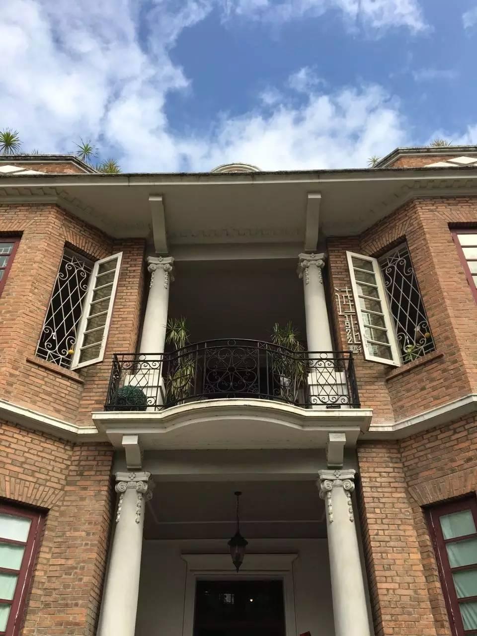 欧式红砖古典建筑