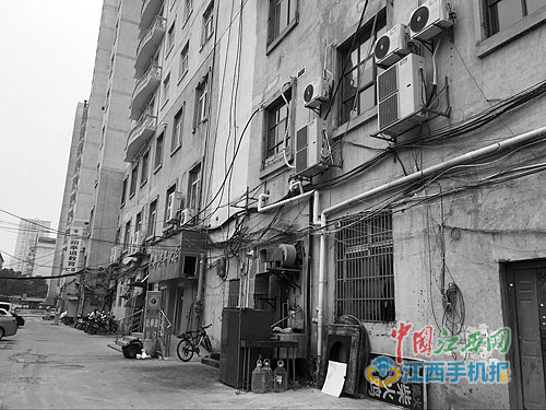 购买南昌兆丰大厦房子近10年仍未能办理房产证(图)