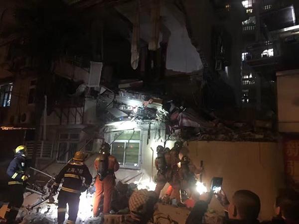 控江路居民楼爆燃事故后续 房屋受损情况正在评估