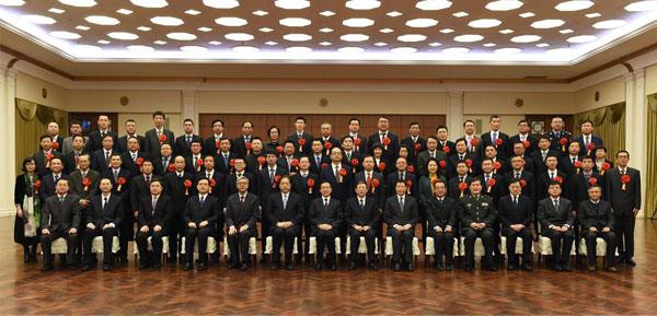 上海市重点工程实事立功竞赛表彰大会举行 韩正杨雄会见先进集体和个人代表