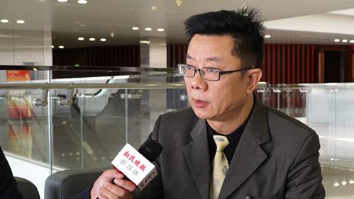 上海两会丨人大代表周远航:建议先行先试小区设置新能源车公共充电桩