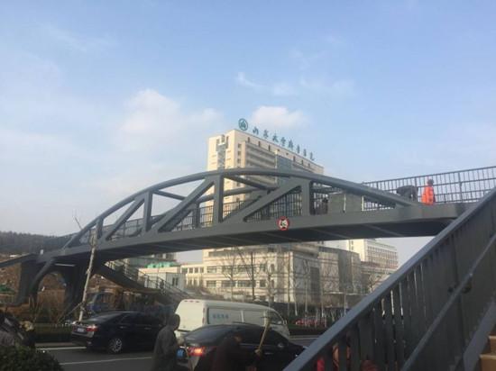 青岛五座人行天桥完美亮相 首次使用PPP模式(图)