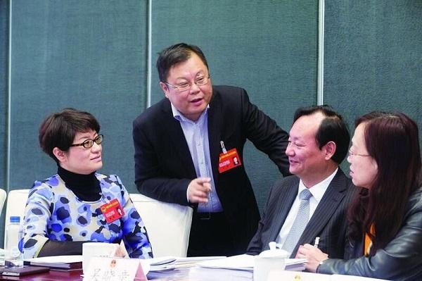 上海两会 | 两会影话:以房养老是否可行?