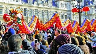 """2017年中国春节成全球""""黄金周"""" 预计出境旅游超600万人次"""