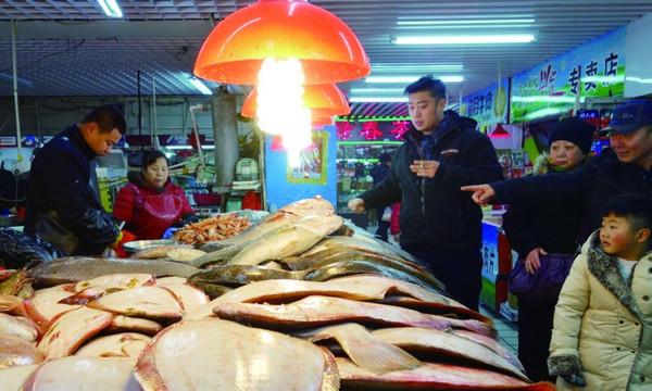 海鲜价格领涨春节年货市场 蔬菜价格或为近年来最低