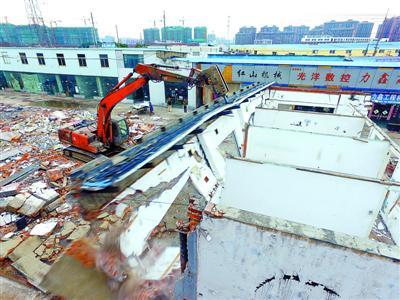 嘉定拆除违法建筑2万余平方米 将建起公共绿化走廊