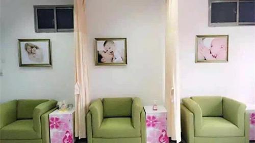 上海首家公益母乳库存量告急 日均13位早产儿宝宝亟需捐赠母乳
